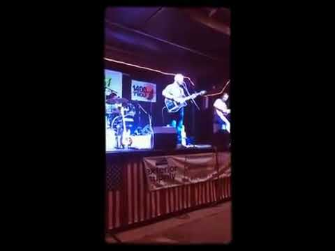 """""""Footlights"""" (cover) by Avery Glenn Crabtree Band Live!"""