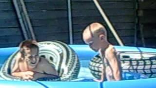 Gerrit & Wytze in het zwembad 2.mp4