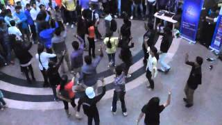 flash mob at d d mall gwalior by students of vikrant college