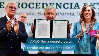 """El presidente López Obrador anunció este viernes que el trámite para regularizar a los """"autos chocolate"""" tendrá un costo de dos mil 500 peso"""