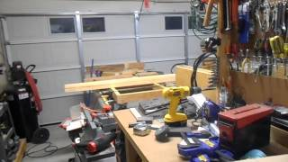Make A Workbench From 2x4 Salvaged Lumber