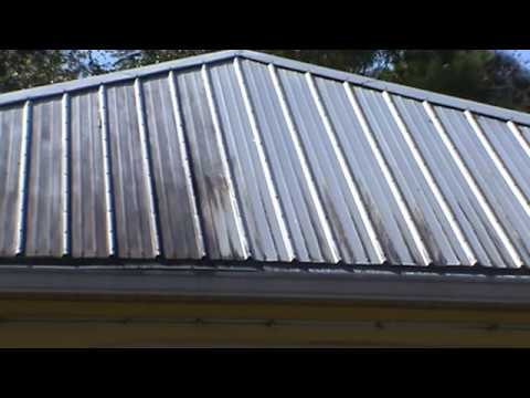 Metal Roof Cleaning With No Pressure No Walk On C