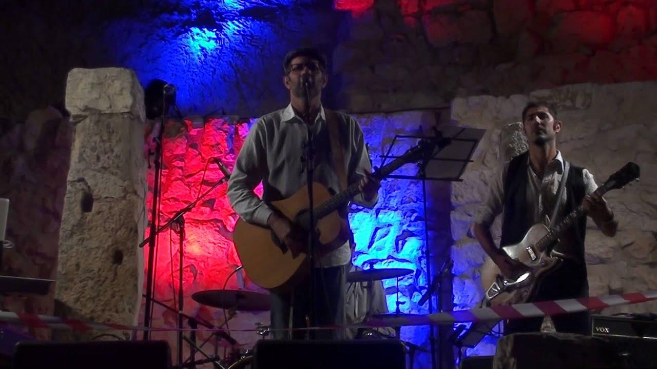 אות לאות - יוני גנוט בהופעה בפסטיבל תהילים