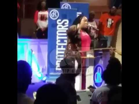 Tasha Cobbs: Jesus Told Me to Put Nicki Minaj on My New Album