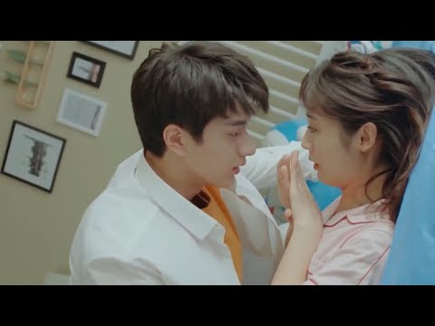 Gu Weiyi throws Si Tumo to the bed showing her his manpower! | Put Your Head on My Shoulder