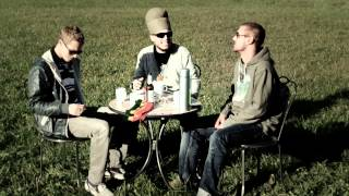 Flixx`n`Hooch feat Cookie the Herbalist - Never Give Up (OFFICIAL VIDEO)