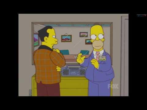 Homer enciende la radio para disimular un pedo | Momento gracioso Simpsons en castellano