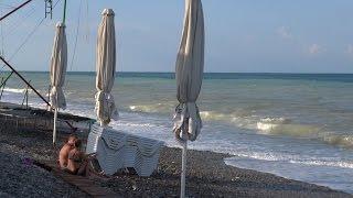 Шторм на пляже