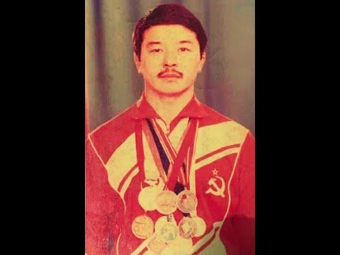 Кубок мира 1981 вольная борьба Толедо (48 кг) Александр Доржу (USSR) Vs Роберт Уивер (USA)