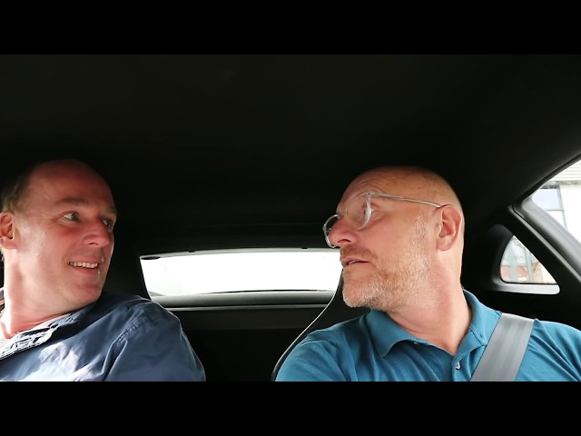 Vol gas in een Renault Alpine, wat een geweld! - In mijn eendje (59)