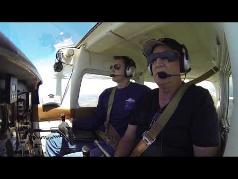 Instructor Gets Motion Sickness | Cessna 172