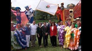 Entregan acreditación a banda de paz que participara en Desfile de las Rosas