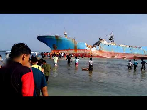 Review Travel Guide: Pasir Putih Pantai Pangandaran Kapal Ilegal Fishing Menteri Tuti Pujiastuti