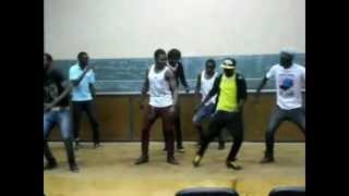 DJ ARAFAT et DOLIZIANA donne du respect au danseur camerounais NEW