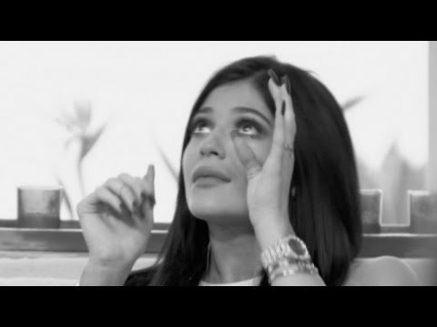 Thumbnail: Kylie Jenner BREAKS DOWN Over Home Break-In & Kendall Relives SCARY Stalker Encounter