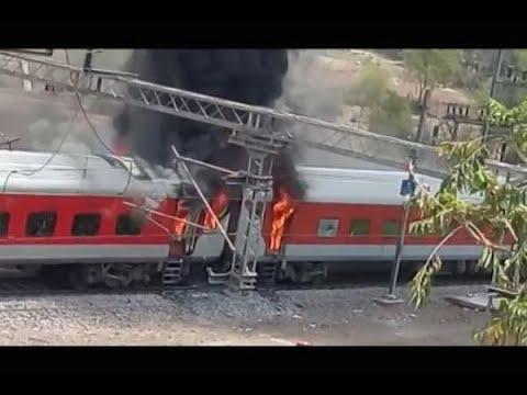 Gwalior: bogies of AP Express (Delhi-Vizag) catch fire near Birla Nagar Station