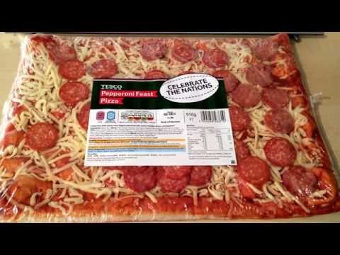 Tesco Pepperoni Feast Pizza Review Youtube