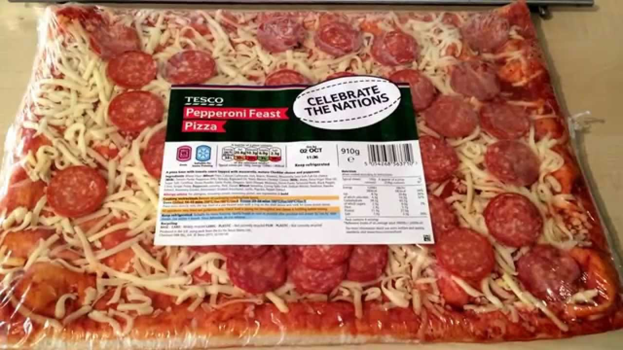 Tesco Pepperoni Feast Pizza Review