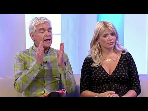The Speakmans Try To Help Wendy With Her Phobia Of Ice - This Morning
