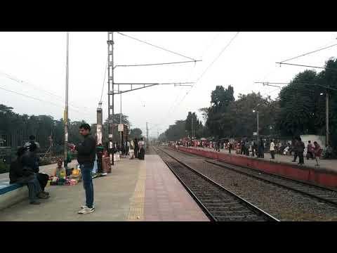 Bandhan Express | Khulna - Kolkata | International Train | India - Bangldesh Train | 🚂🚃🚃🚃 thumbnail