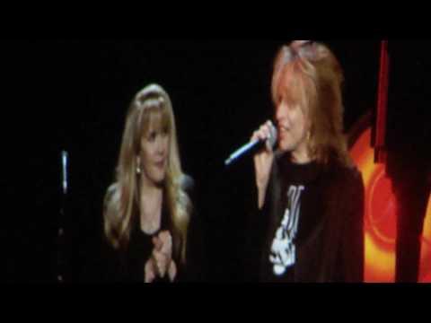 """Stevie Nicks w/ Chrissie Hynde """"Stop Draggin' My Heart Around"""" Madison Square Garden December 1 2016"""