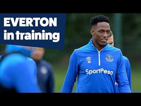 YERRY MINA TRAINS WITH THE BLUES | EVERTON IN TRAINING