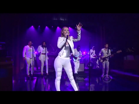 Iggy Azalea & T.I. - Change Your Life (David Letterman) HD