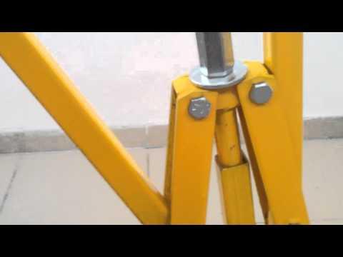 Тяговое устройство или 'мостик' для кузовного ремонта.