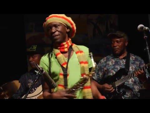 Hif Anga Belowi: TATY mit Hif & Afro Soleil