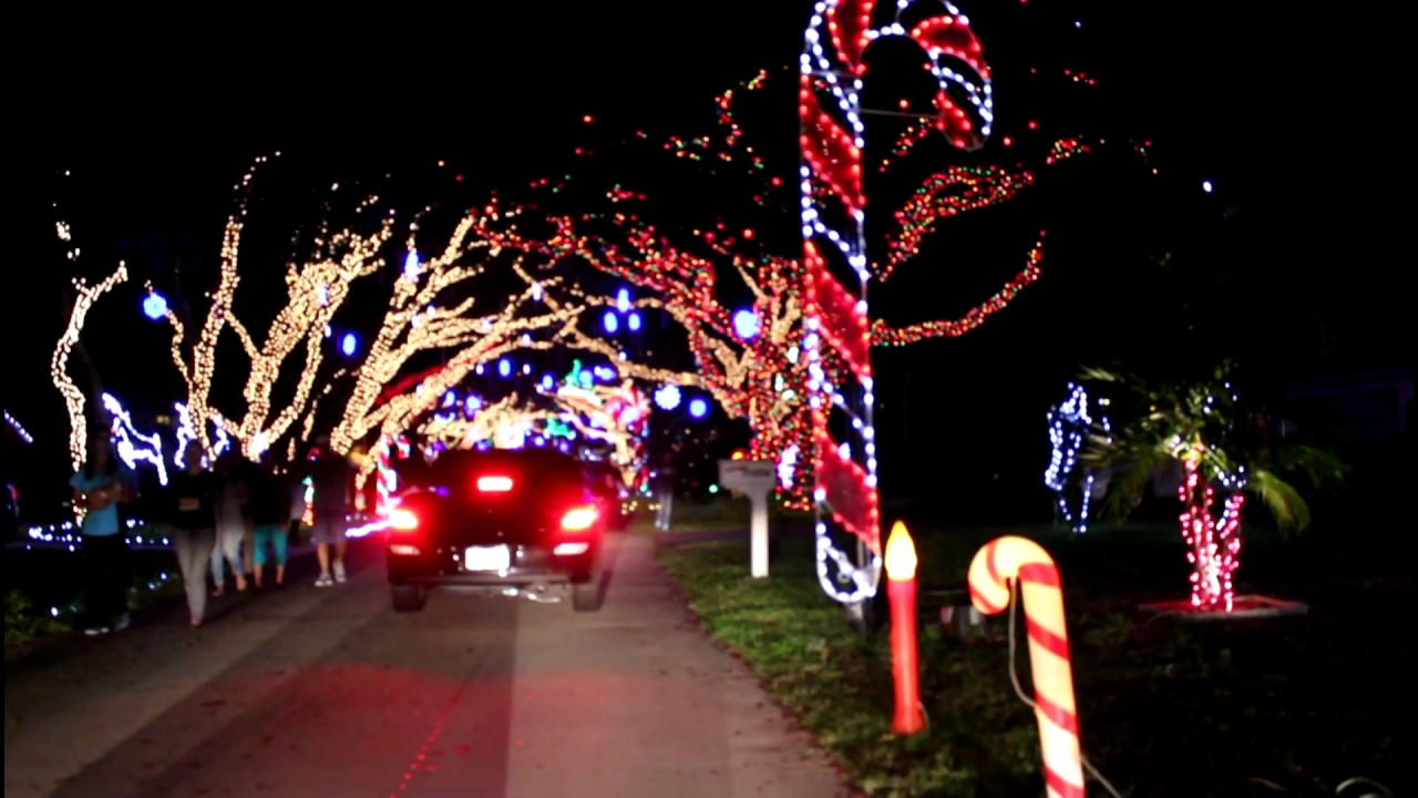 holiday lights in snug harbor palm beach gardens florida event