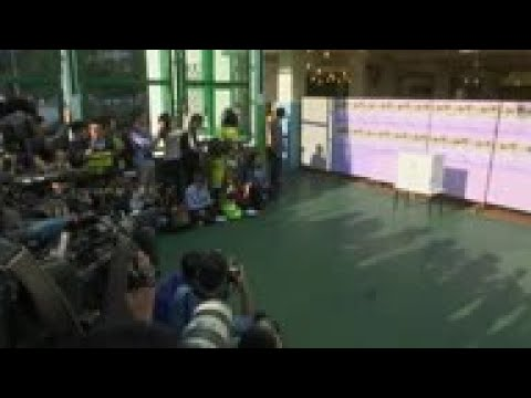 carrie-lam-casts-vote-in-district-election