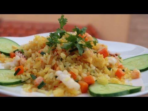 Cơm chiên hải sản với hạt cơm giòn ngon như nhà hàng|| cách làm mới lạ cho cơm thêm đặc biệt