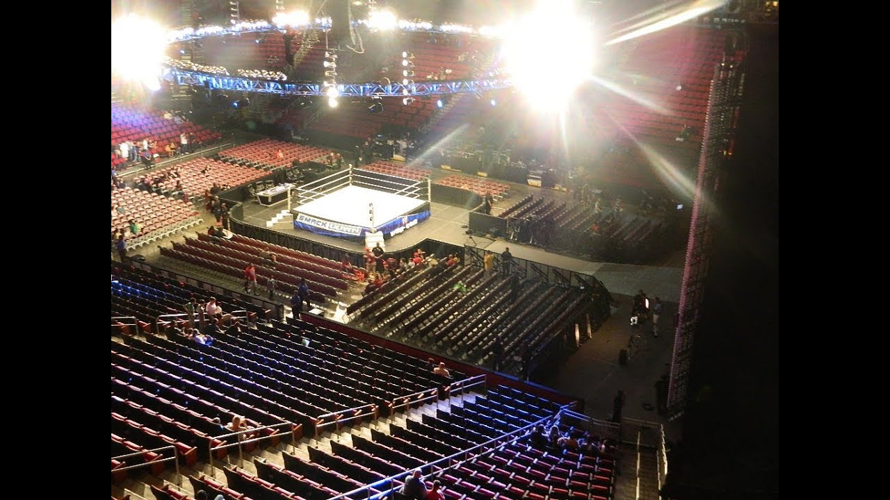 I went to wwe smackdown as a vip guest youtube m4hsunfo