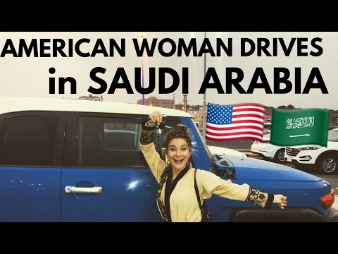 AMERICAN GIRL DRIVES in SAUDI ARABIA🚙💨