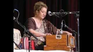 Ilm O Fann ke deewane by Munni Begum
