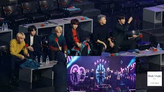 Gambar cover 방탄소년단(BTS) React to TWICE(트와이스)(Bdz + What is Love?)[4K 직캠]@190106