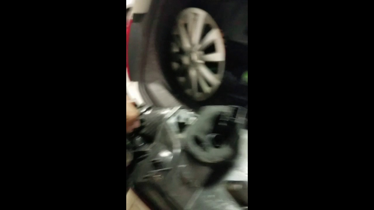 Volkswagen 25 Leak Detection Pump Diy Youtube Beetle Engine Diagram Justanswer Vw On 2000