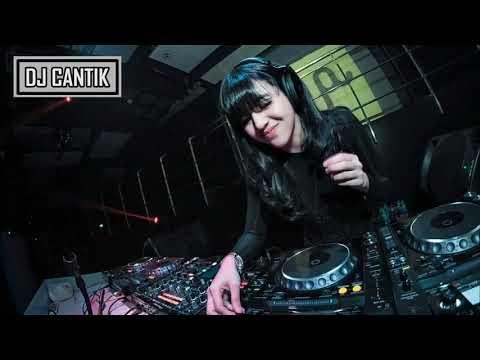 DJ Una Papa Pulang Mama Goyang ( Bikin Geleng-Geleng ) 2018