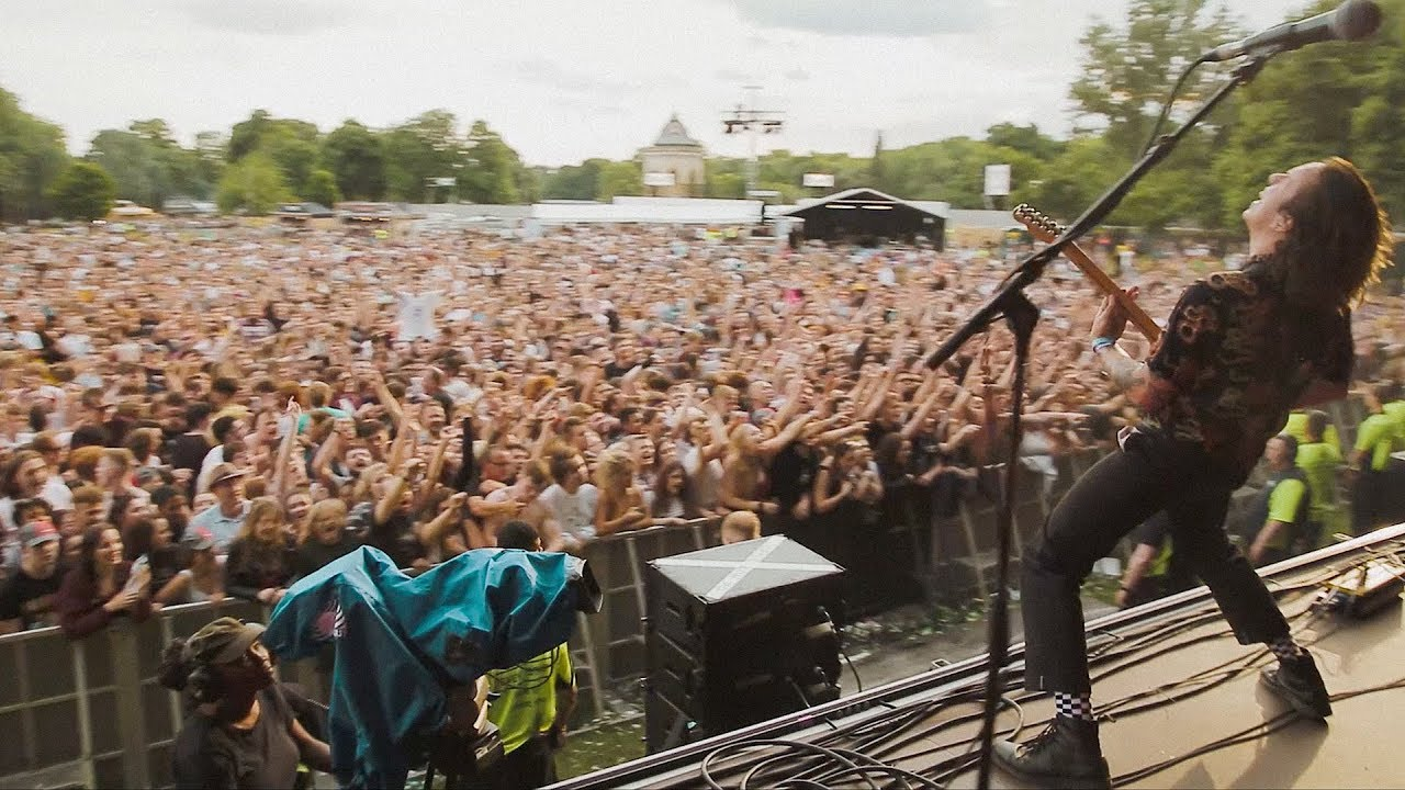 Frank Carter & The Rattlesnakes - Lullaby - Live from All Points East, London [RAW AUDIO]