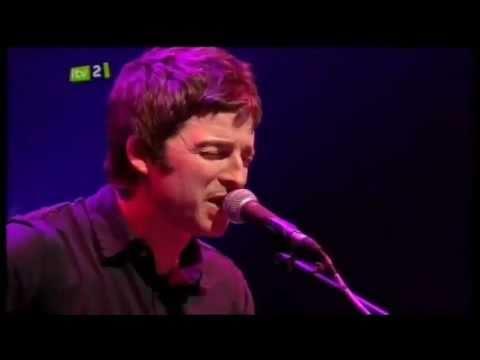 Noel Gallagher - Whatever (Teenage Cancer Trust 2010)