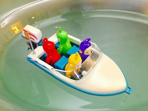 MOTOR BOAT Ride In The BATHTUB with TELETUBBIES TOYS,