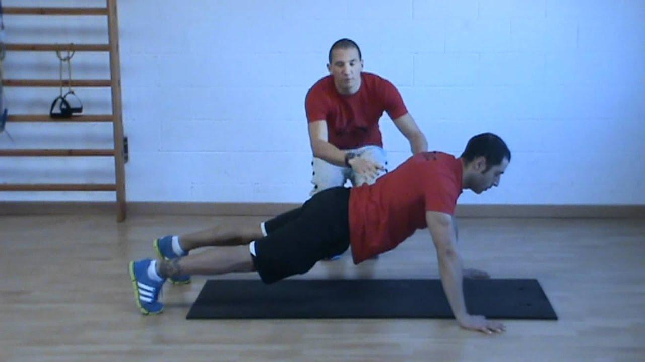 como se hacen las flexiones de brazos