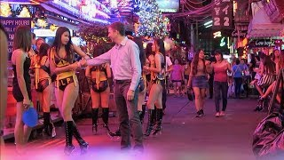 Bangkok Night Scenes - Soi Cowboy After Midnight
