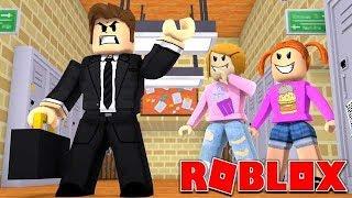 Roblox | Meu professor sair no primeiro dia da escola!