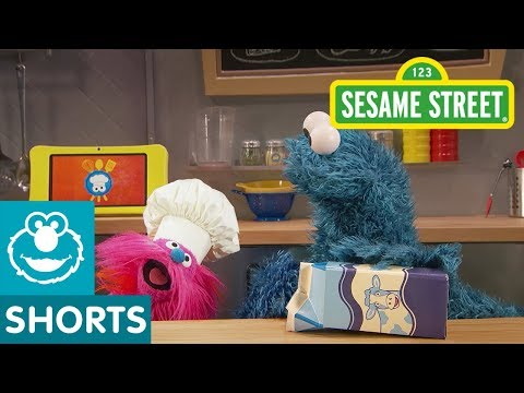 sesame-street:-fruit-smoothies-with-milk-|-cookie-monster's-foodie-truck