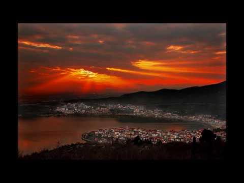 Macedonian Traditional Songs: Milo Mou Kokkino