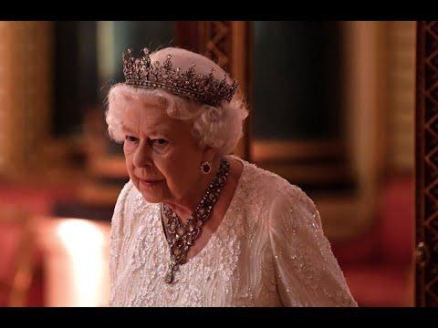 الملكة إليزابيث تكسر القواعد الملكية في عيد ميلادها الـ 92  - نشر قبل 1 ساعة