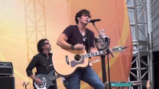 "Joe Nichols, ""Sunny And 75"", CMA Fest 2013"