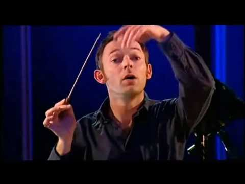 CHARLES HAZELWOOD conducts MOZART ~ SYMPHONY # 40  G minor  Mozart Collective