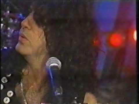 Kiss - Every Time I Look At You (unplugged Montreal 1995)
